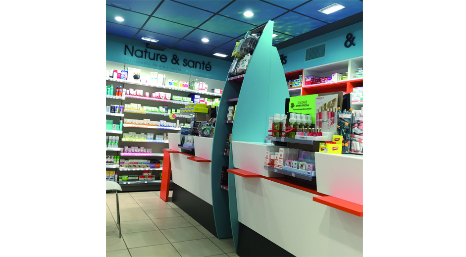 Pharmacie de Port Grimaud ( 83) – 52 m2