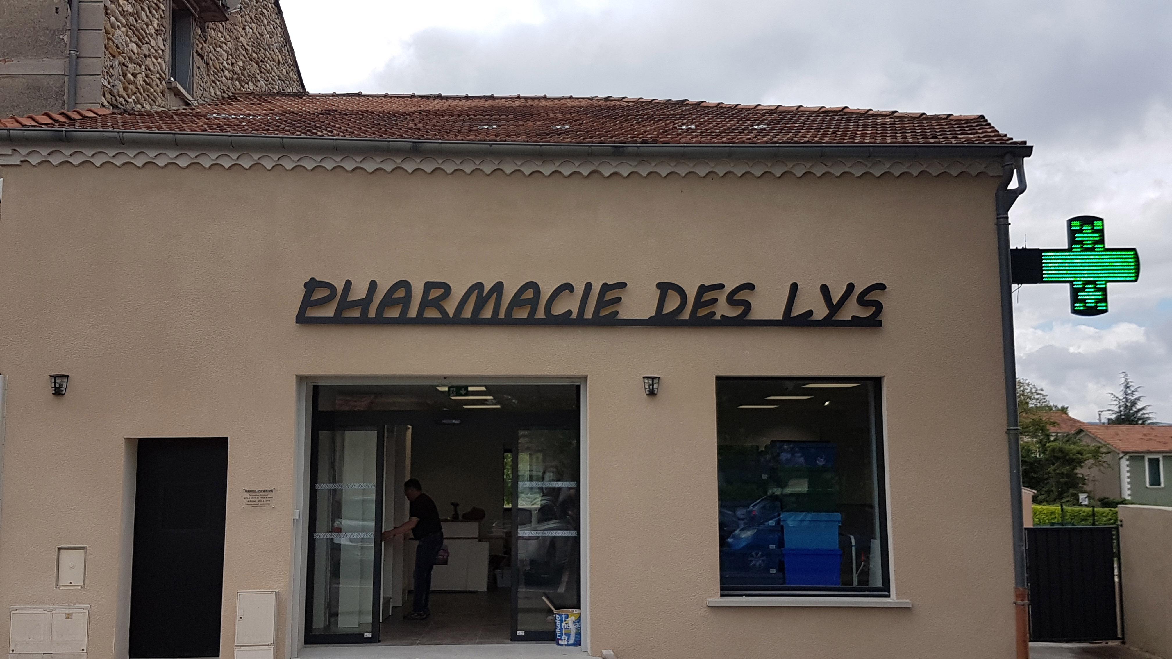 ENSEIGNE PHARMACIE DES LYS